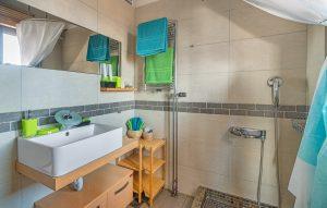 Skinos Ilivatos Bathroom 2